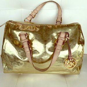 MK Gold purse ✨